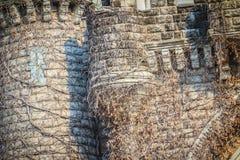 Parete di pietra di vecchia struttura del fondo del castello Fotografie Stock Libere da Diritti