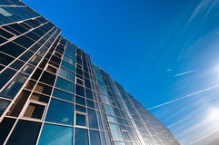 Parete di vetro dell'edificio per uffici Fotografia Stock Libera da Diritti