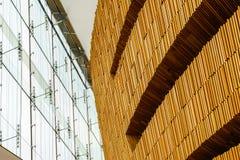 Parete e finestre di legno Fotografia Stock