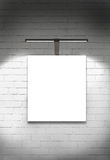 Parete e luce in bianco della galleria della tela Immagini Stock Libere da Diritti