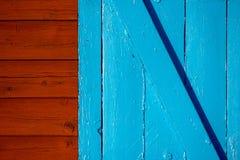 Parete e porta Fotografie Stock