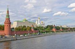 Parete e torrette di Mosca Kremlin Fotografia Stock Libera da Diritti