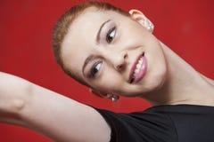 Parete felice di Practicing Against Red del ballerino Fotografia Stock Libera da Diritti