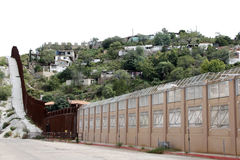 Parete fra il Messico e U.S.A. Fotografia Stock Libera da Diritti