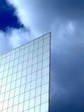 Parete piana su un cielo Fotografie Stock Libere da Diritti