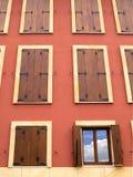 Parete in pieno di Windows, uno aperto Fotografia Stock Libera da Diritti