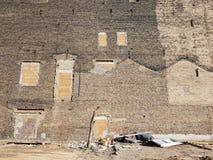 Parete refrattaria di vecchio edificio residenziale Fotografia Stock