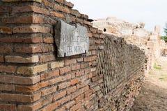 Parete in rovine di antica di Ostia Fotografie Stock Libere da Diritti