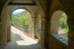 Pareti antiche del vicolo Serra San Quirico Fotografia Stock Libera da Diritti