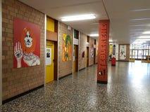 Pareti del corridoio della scuola Fotografie Stock