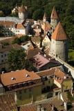 Pareti della città fortificate l'Estonia di Tallinn Immagini Stock Libere da Diritti