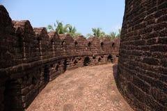 Pareti della fortificazione di Bekal fotografia stock