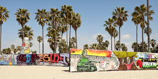 Pareti di arte sulla spiaggia di Venezia, Los Angeles immagine stock