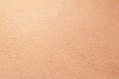 pareti gesso applicato a  composizione di piccole pietre ed in un modo speciale martellato posizione di struttura colore leggero  immagini stock libere da diritti