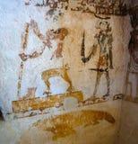 Pareti nella tomba del coccodrillo in montagna dei morti, Siwa, Egitto di Al-Mawta di Gabal aka immagini stock