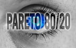 Pareto 80/20 oeil regarde le fond de concept de visionneuse Photos libres de droits