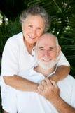 parförälskelsepensionär fortfarande royaltyfri bild