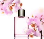 Parfümflasche- und Orchideenhintergrund Lizenzfreie Stockfotos