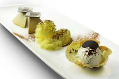 Parfait мороженого TiramisuÌ€ десерта и шоколад 1 мусса стоковые изображения rf