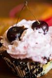 Crème glacée avec la cerise Images stock
