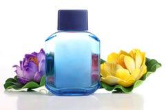 Parfum с цветком Стоковая Фотография RF