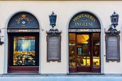 Parfumerie de luxe au centre de la ville de Florence, Italie Photos stock