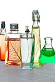 Parfumes en el fondo blanco Imagenes de archivo