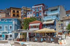 PARGA, GRIECHENLAND AM 17. JULI 2014: Erstaunlicher Panoramablick der Stadt von Parga, Griechenland Lizenzfreie Stockfotografie