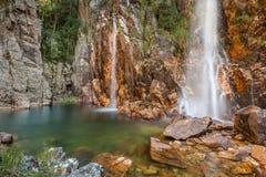 Parida瀑布(Cachoeira da Parida) - Serra da Canastra 免版税库存图片