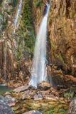 Parida vattenfall (Cachoeira da Parida) - Serra da Canastra Royaltyfri Foto