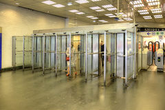 parigi Entrata sulla stazione della metropolitana Immagine Stock Libera da Diritti