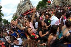PARIGI, FRANCIA - 25 giugno. Un orgoglio del 2011 omosessuale fotografie stock