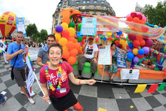 PARIGI, FRANCIA - 25 giugno. Un orgoglio del 2011 omosessuale fotografia stock