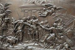 PARIGI, FRANCIA - 30 AGOSTO 2015: Scolpisca il corridoio del museo del Louvre, Parigi, Francia Fotografia Stock