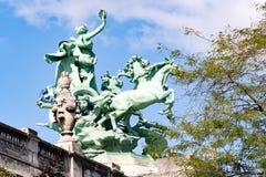 PARIGI, FRANCIA, circa aprile 2016: Il museo famoso del Petit Palais nel viale di Winston Churchill Fotografia Stock