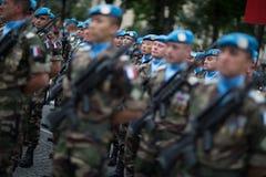 Parigi, Francia - 14 luglio 2012 I soldati dalla legione straniera francese marciano durante la parata militare annuale Immagini Stock