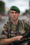 Parigi, Francia - 14 luglio 2012 Il fotografo del legionario partecipa alla parata militare annuale Immagine Stock Libera da Diritti