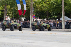 Parigi, Francia - 14 luglio 2012 Processione di attrezzatura militare durante la parata militare sul Champs-Elysees Fotografie Stock