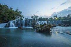 Parigi, la petite cascade de Niagara Images stock
