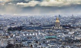 Parigi nuvolosa Fotografia Stock