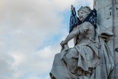Parigi, Place de la Republique, simbolo di uguaglianza immagini stock libere da diritti