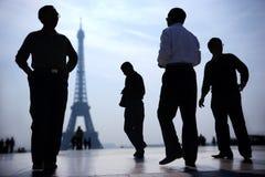 Parijs bij schemering stock foto's