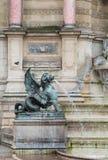 Parijs Frankrijk 30 April 2013: Sluit omhoog van Fontein St Michel in het Latijnse Kwart, Parijs, Fran stock afbeeldingen