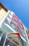 PARIJS, FRANKRIJK - AUGUSTUS 30, 2015: Modern glas commercieel centrum Parijs - Frankrijk Stock Fotografie