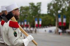 parijs frankrijk 14 juli, 2012 De rangen van de pioniers van het Franse buitenlandse legioen tijdens paradetijd Royalty-vrije Stock Foto
