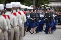 Parijs, Frankrijk - Juli 14, 2012 Militairen van het Franse Buitenlandse Legioen maart tijdens de jaarlijkse militaire parade Royalty-vrije Stock Foto's