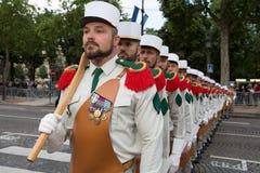 parijs frankrijk 14 juli, 2012 Pioniers vóór de parade op Champs Elysees in Parijs Stock Foto
