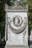 PARIJS, FRANKRIJK - MEI 2, 2016: De Architectengraf van CY GIT in pere-Lachaise begraafplaats homeopaty stichter Royalty-vrije Stock Afbeeldingen