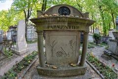 PARIJS, FRANKRIJK - MEI 2, 2016: De importeur van de Parmentieraardappel van de V.S. aan het graf van Europa in pere-Lachaise beg Royalty-vrije Stock Foto's