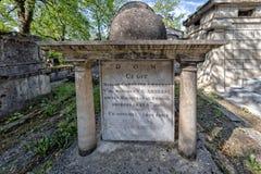 PARIJS, FRANKRIJK - MEI 2, 2016: Het graf van ci Git in pere-Lachaise begraafplaats homeopaty stichter Stock Fotografie